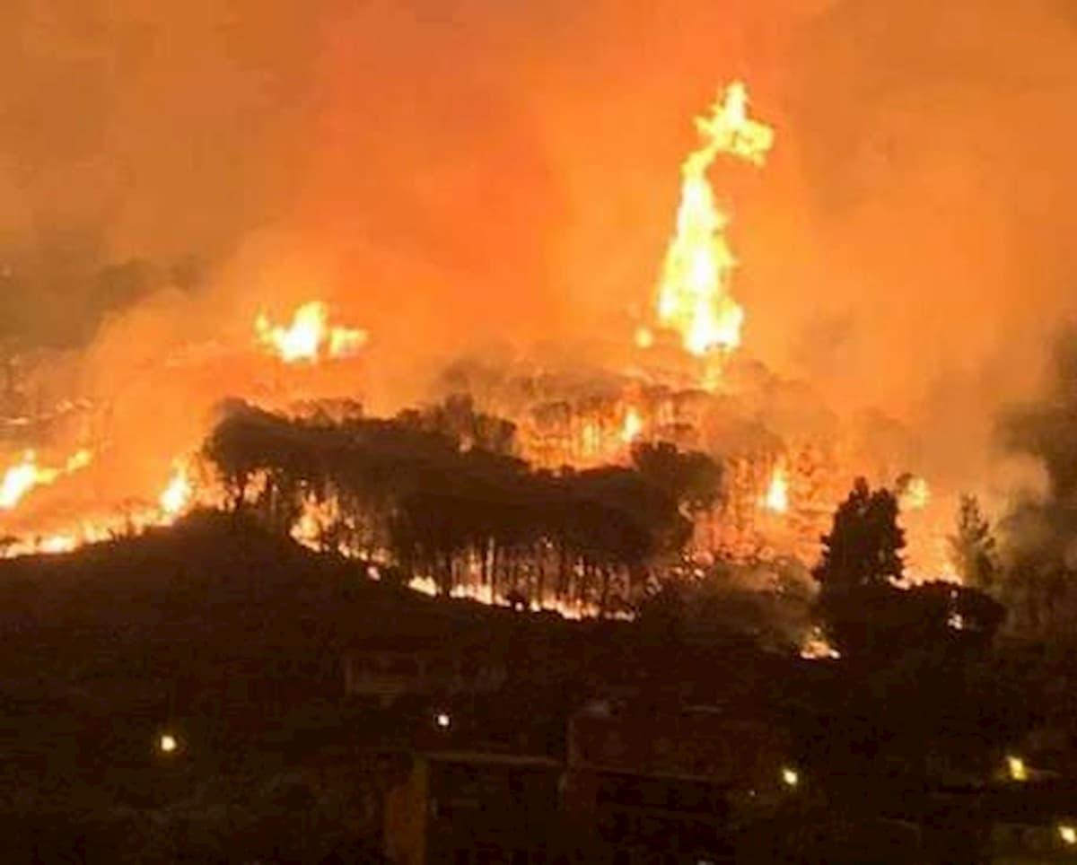 Ciro Campagna, il giovane volontario investito sulla A16 mentre spegneva un incendio, è morto