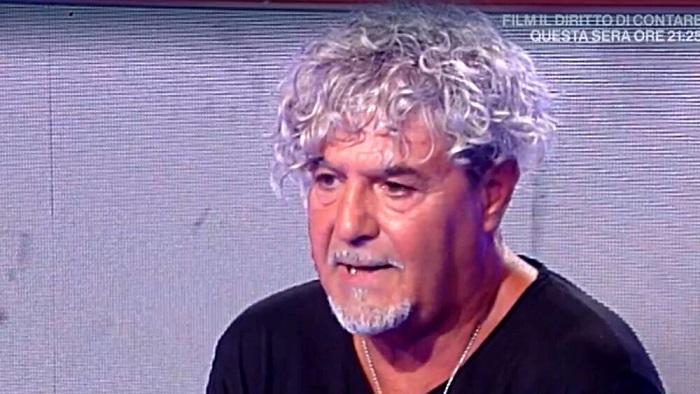 """Mandi Mandi: """"Sono pieno di debiti e ho casa pignorata"""". Roberto Alessi: """"Prendevi 800 euro a sera"""""""