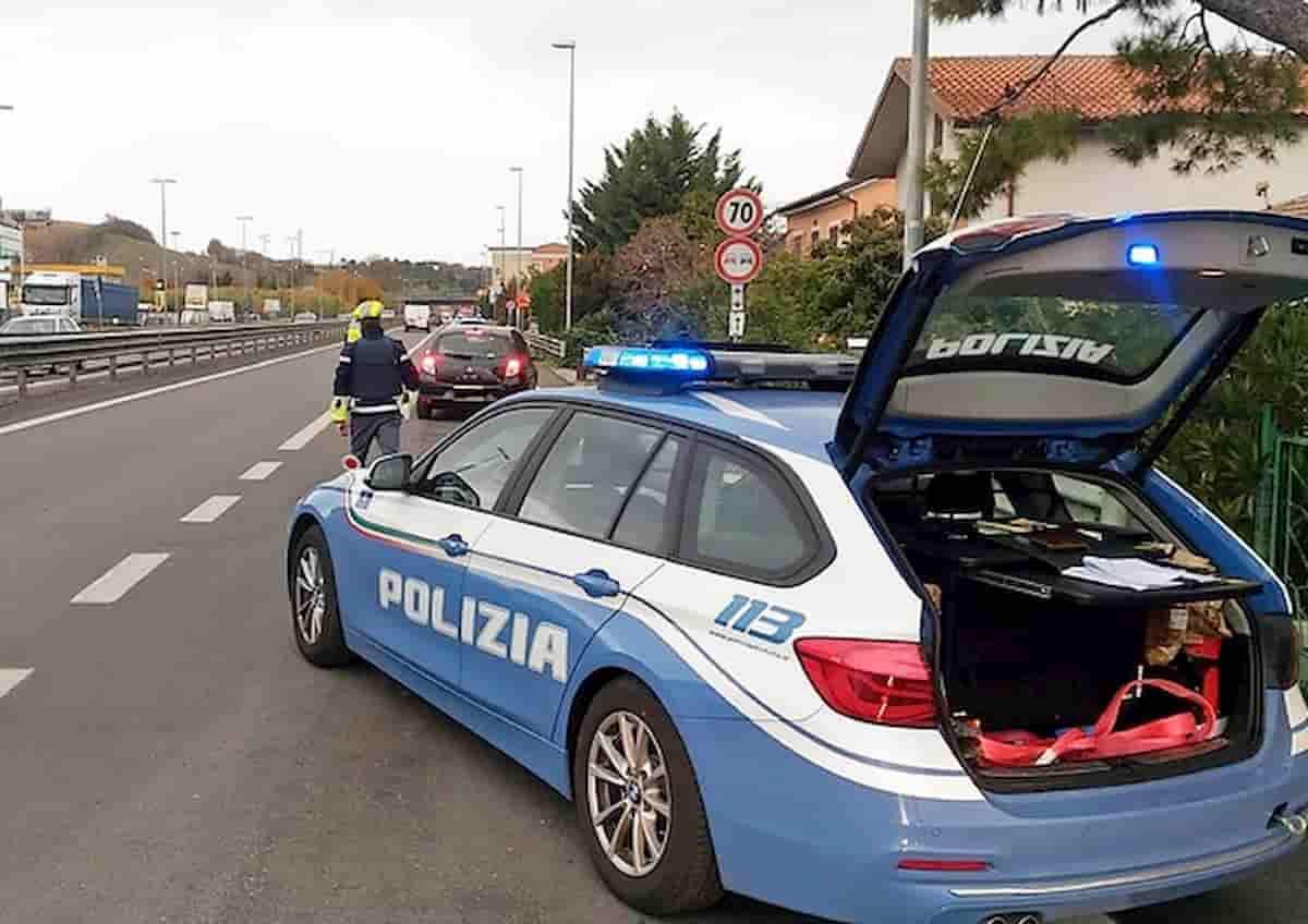 Finanziere picchia poliziotti che lo hanno fermato