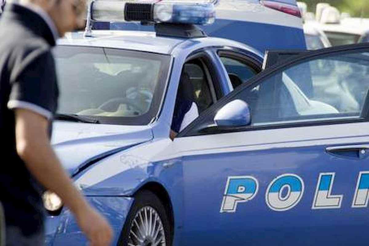 Furgone con 18 migranti bloccato dalla polizia a Trieste dopo un inseguimento