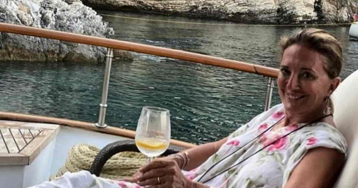 Susanna Avesani Pinto morta per una puntura di una vespa in piscina