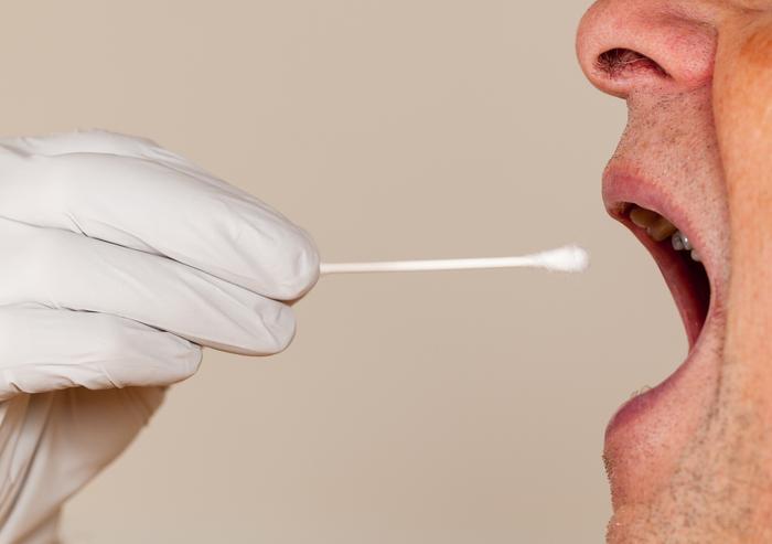 Test salivare rapido