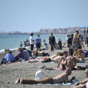 Meteo Italia previsioni, arriva l'ottobrata: stop al freddo, temperature oltre i 20 gradi