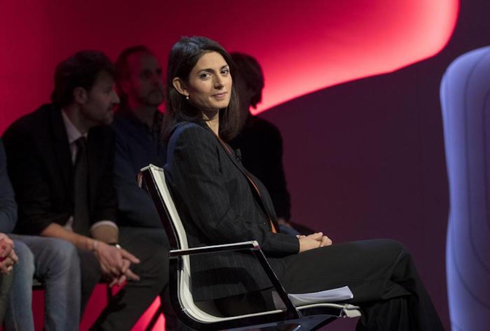 Virginia Raggi (nella foto)sindaco di Roma vuole mandato bis, Pd no, ma c'è Sgarbi
