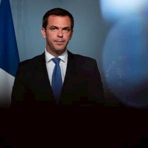 Coronavirus, indagine sulla gestione dell'emergenza in Francia: perquisita la casa del ministro della Salute