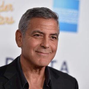 George Clooney ricoverato d'urgenza in ospedale per aver perso peso troppo velocemente