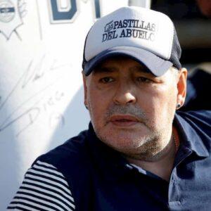 Maradona morto per insufficienza cardiaca. Sarà sepolto con i genitori a Bella Vista