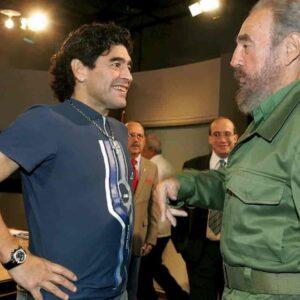 Diego Armando Maradona: Che Guevara più Padre Pio, tra un po' anche Elvis