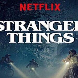 """Natalia Dyer di Stranger Things diventa una maniaca della masturbazione nel film """"Yes, God Yes"""""""