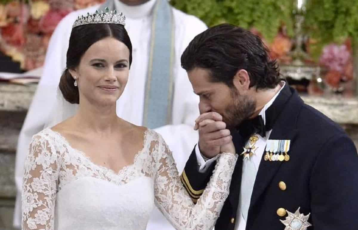 Svezia, positivi il principe Carl Philip e la moglie Sofia ...
