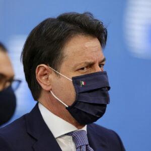 Recovery fund, trionfo di Conte e sua dannazione. 209 miliardi fanno troppa gola a coop e amici di Renzi