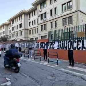 """Speziale libero, striscioni in tutta Italia: """"Finita un'infamità"""". Mondo ultras non rispetta nemmeno i morti"""