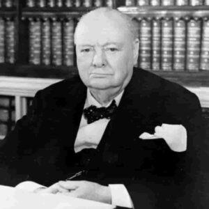 """Churchill, Hitler, la seconda guerra mondiale,""""Splendore e viltà"""" di Erik Larson, un saggio vestito da romanzo"""