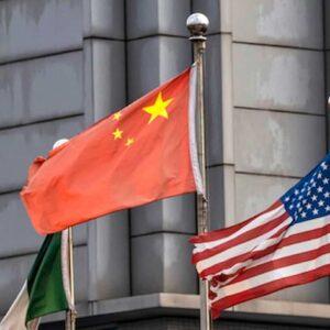 Cina e Usa, è scontro. Biden critica le politiche su Hong Kong e Xinjiang, Pechino minaccia