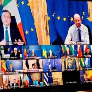 """Draghi sui vaccini al vertice Ue: """"Accelerare per frenare le varianti. E non concedere scuse alle aziende inadempienti"""""""