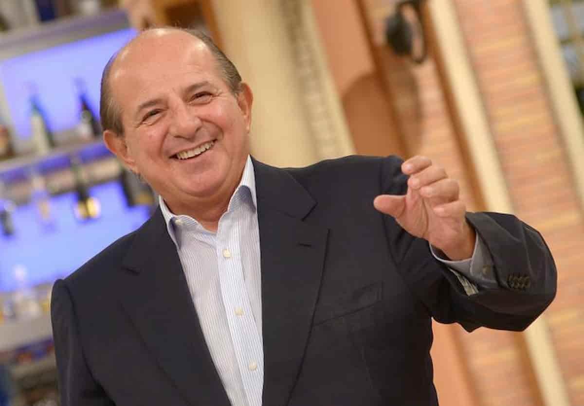 Giancarlo Magalli chi è: età, altezza, mogli, figli, vita privata, scuola con Draghi dell'ospite di Oggi è un altro giorno