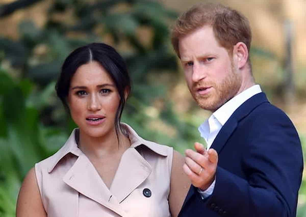 """Principe Harry: """"Meghan e io abbiamo lasciato il Regno Unito per la stampa, stava distruggendo la mia salute mentale"""""""