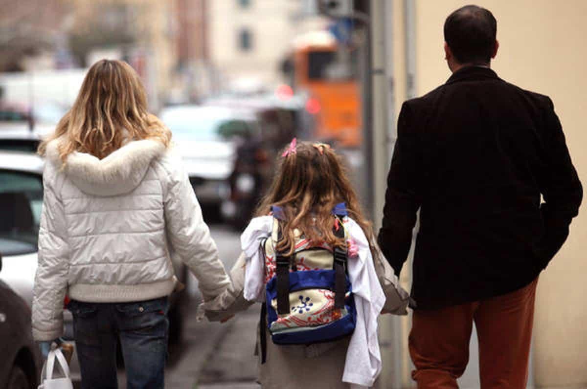 Assegno unico universale per i figli: 250 euro da luglio, ma comprende i familiari e i bonus