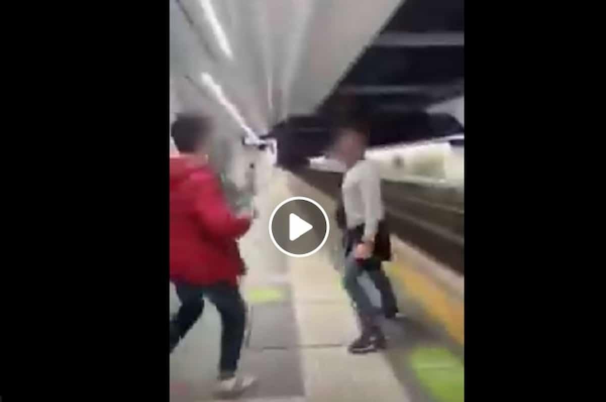 Coppia gay aggredita a Roma per un bacio in metro a Valle Aurelia: un ragazzo li prende a pugni VIDEO