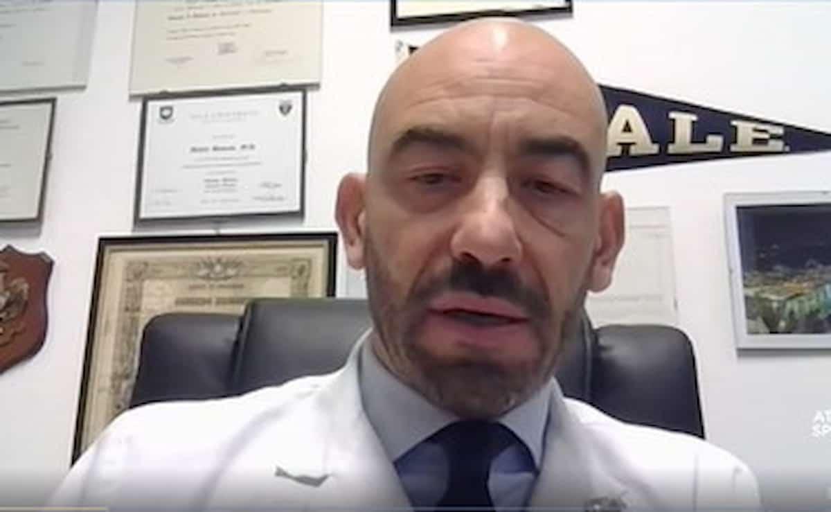 Vaccini infettivologo Bassetti