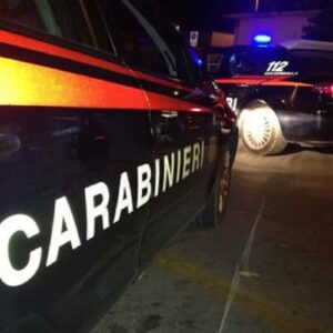 Pavia, accoltella la madre con un coltello da cucina e poi fugge: fermata una 14enne