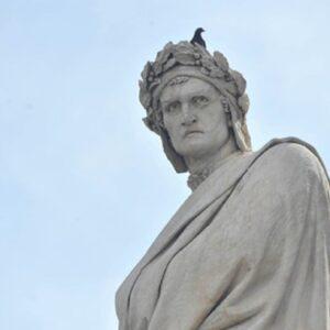 """Divina Commedia ispirata al Corano? Le teorie su Dante e il """"plagio"""" all'Islam"""