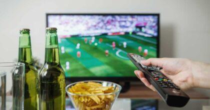 Calcio in tv, né Sky né Dazn, Garante e Antitrust intervengano: per gli sportivi è un diritto da servizio pubblico
