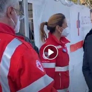 Draghi e moglie, vaccino Astrazeneca: hanno l'età in linea con il calendario del Lazio VIDEO