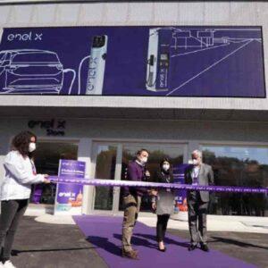 Enel X, a Roma la la prima area cittadina per la ricarica ultrafast dei veicoli elettrici
