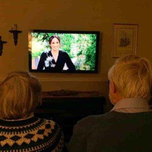Harry e Meghan, intervista alla Cbs: le accuse alla famiglia reale, il razzismo, Kate, la voglia di suicidio di Meghan