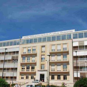 Legionella nelle tubature, sgomberata Oncologia del Giovanni Paolo II a Bari: una paziente era morta il 7 marzo
