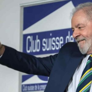 Lula, trappola giudiziaria per eliminarlo dalle elezioni: ora scagionato può candidarsi. Bolsonaro game over?