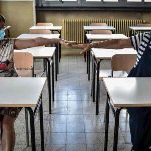 Lazio zona arancione: scuole aperte lunedì o martedì? E se martedì solo per...2 giorni prima di Pasqua?