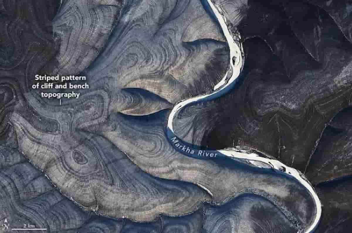 Il mistero dei canyon in Siberia nelle foto dallo spazio della Nasa