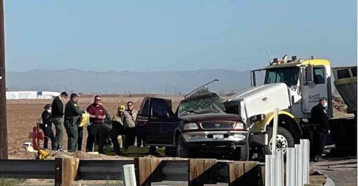California, camion si schianta contro un Suv con a bordo 27 immigrati