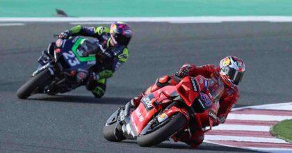 MotoGP 2021, francese con nome italiano vince in Qatar, continua la via crucis di Rossi, ora si corre in Europa