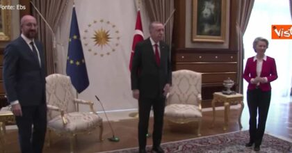 erdogan niente sedia d'onore per von der leyen perché donna: lasciata sul divano