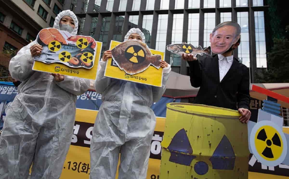 Fukushima: l'acqua contaminata sversata in mare. Sono 140 tonnellate al giorno nell'Oceano Pacifico