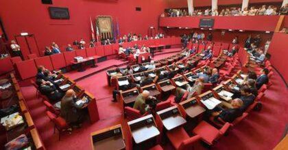 Genova Hellzapoppin: Comune nega a Zaky cittadinanza invocata dalla Regione, Liliana Segre li mandasse al diavolo