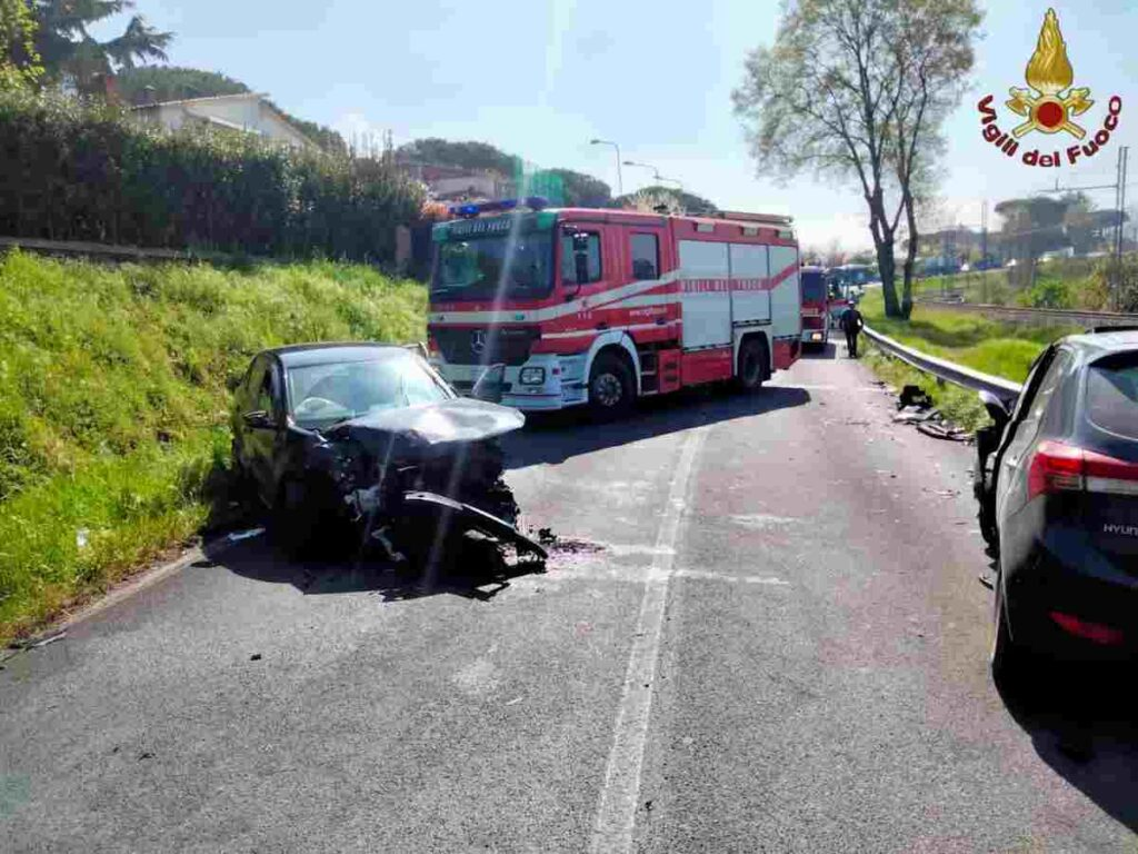 Incidente tra 5 auto a Morlupo