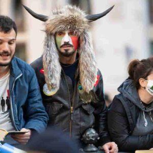 """Io Apro, la rivolta muove su Roma e sfida la Questura: """"Invadiamo Montecitorio, li costringeremo a uscire"""""""