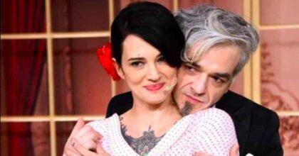Morgan e Asia Argento su Clubhouse: i gossip sulle palle di Sgarbi e Sylvester Stallone