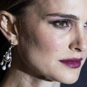 Elena Ferrante, I giorni dell'abbandono diventa un film con Natalie Portman protagonista