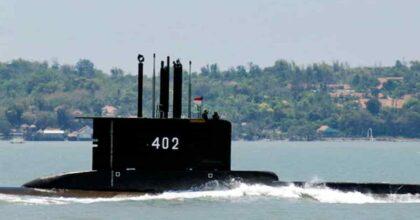 Indonesia, sottomarino Kri Nanggala 402 scomparso: 53 a bordo, forse è a 600-700 metri di profondità