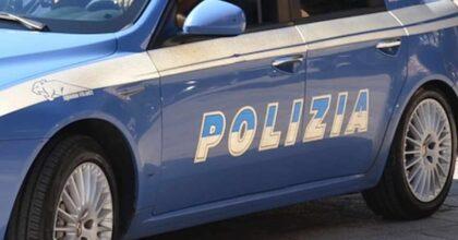 Milano, spaccia droga con la figlia di 5 anni in auto: arrestato dopo un inseguimento