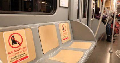 Suicidio in metro a Milano: morta una ragazza. Linea rossa interrotta, navette sostitutive