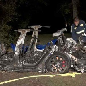 Tesla senza conducente
