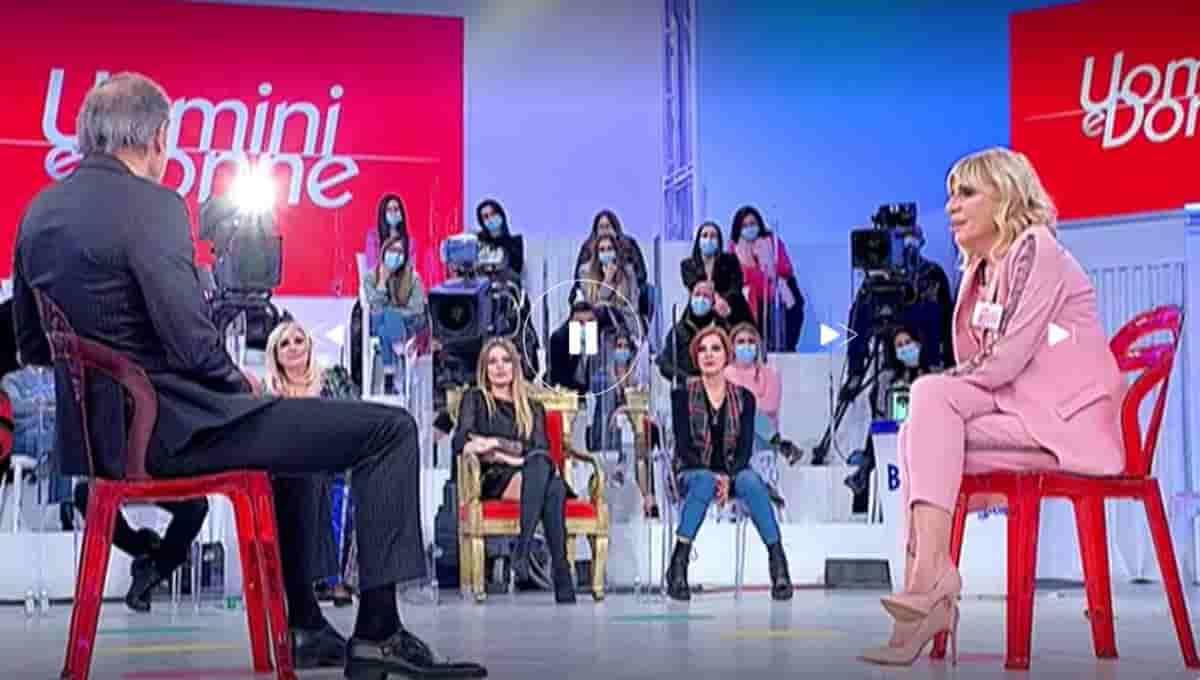 Anticipazioni Uomini e Donne puntata di oggi mercoledì 7 aprile: Gemma Galgani e Riccardo