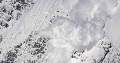 Valanga in Friuli, sul Jof di Montasio: morti due escursionisti, salvo il terzo che ha dato l'allarme