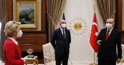 """Sofagate, Von der Leyen contro Erdogan: """"Accaduto perché sono una donna. La Turchia deve rispettare i nostri diritti"""""""